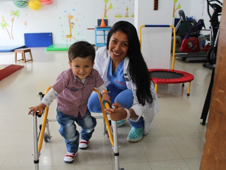 Importancia del manejo integral de niños y niñas con enfermedades crónicas y el Covid19